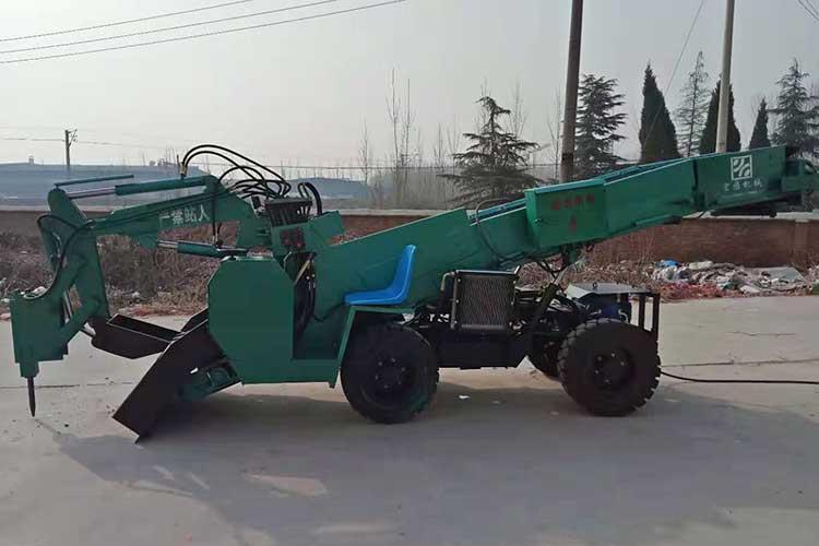 ZWY-80矿用扒渣机shi为了改善劳动强度,提高工作效率而研zhi的一种新型装载机;能够zhijie把矿石zhijie输送dao传送带上