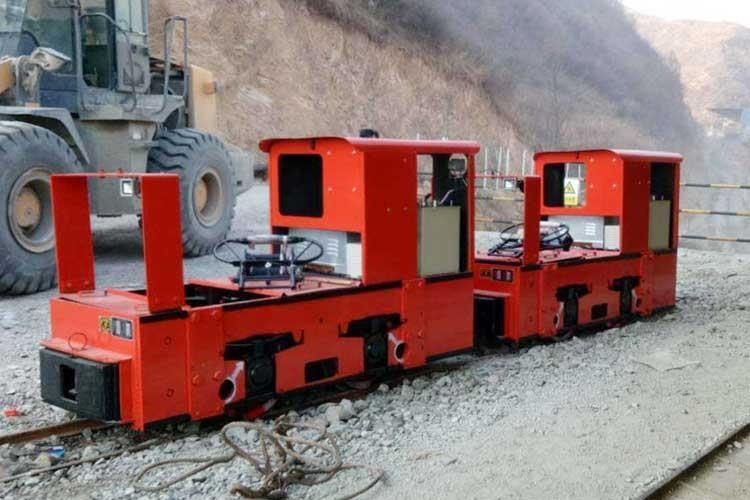 架线式工矿电电玩城游xi中心工作效率高